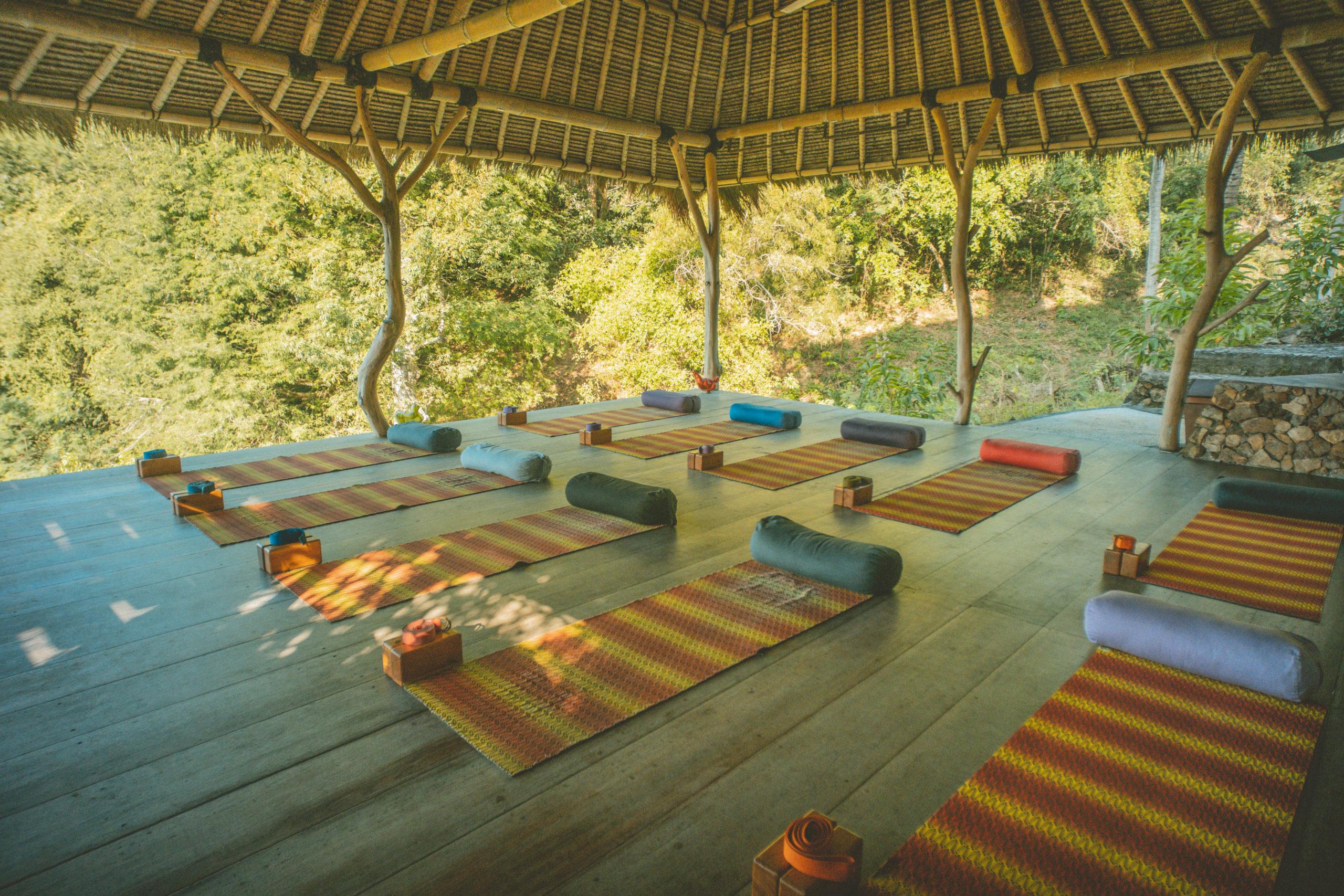 Ashtari, Yoga Kuta Lombok, Indonesia, Surf, yoga classes, Ashtanga, Meditation, retreat, sea view